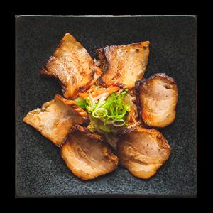炙りチャーシューとピリ辛野菜盛り合わせ